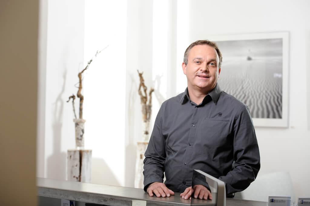 portrait-dr-jan-freisenich