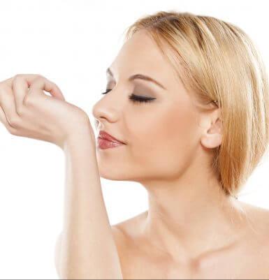 Riechen nach der Nasenkorrektur