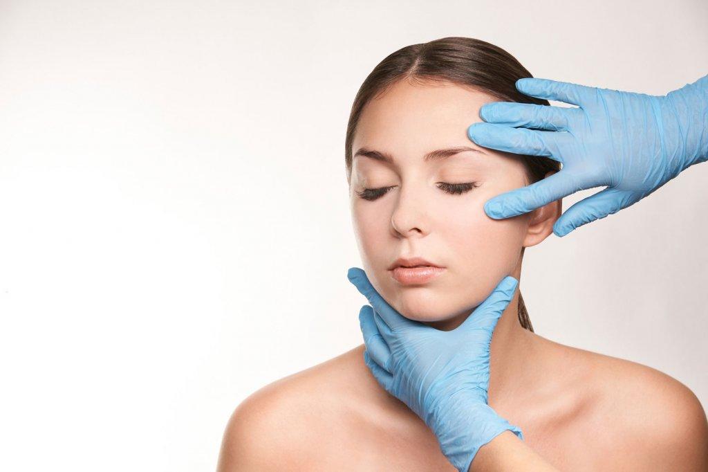Facelift oder Botox Hyaluron-Filler Duesseldorf