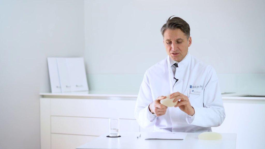 Können Brustimplantate platzen bzw. auslaufen?